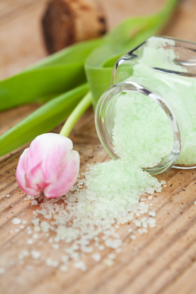 Certificate in Making Scrubs, Salves, Soaks, Fizz, Melts & Talc (Accredited) eLearning