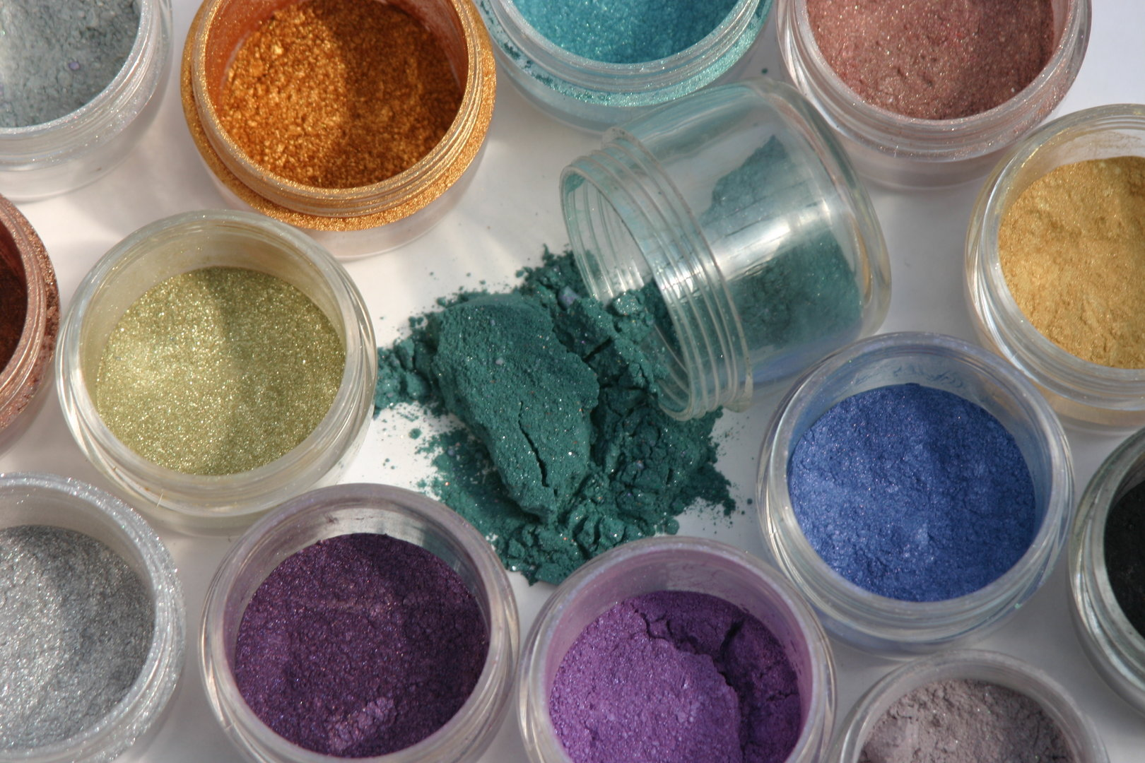 Making Makeup Colour and Ingredients Information